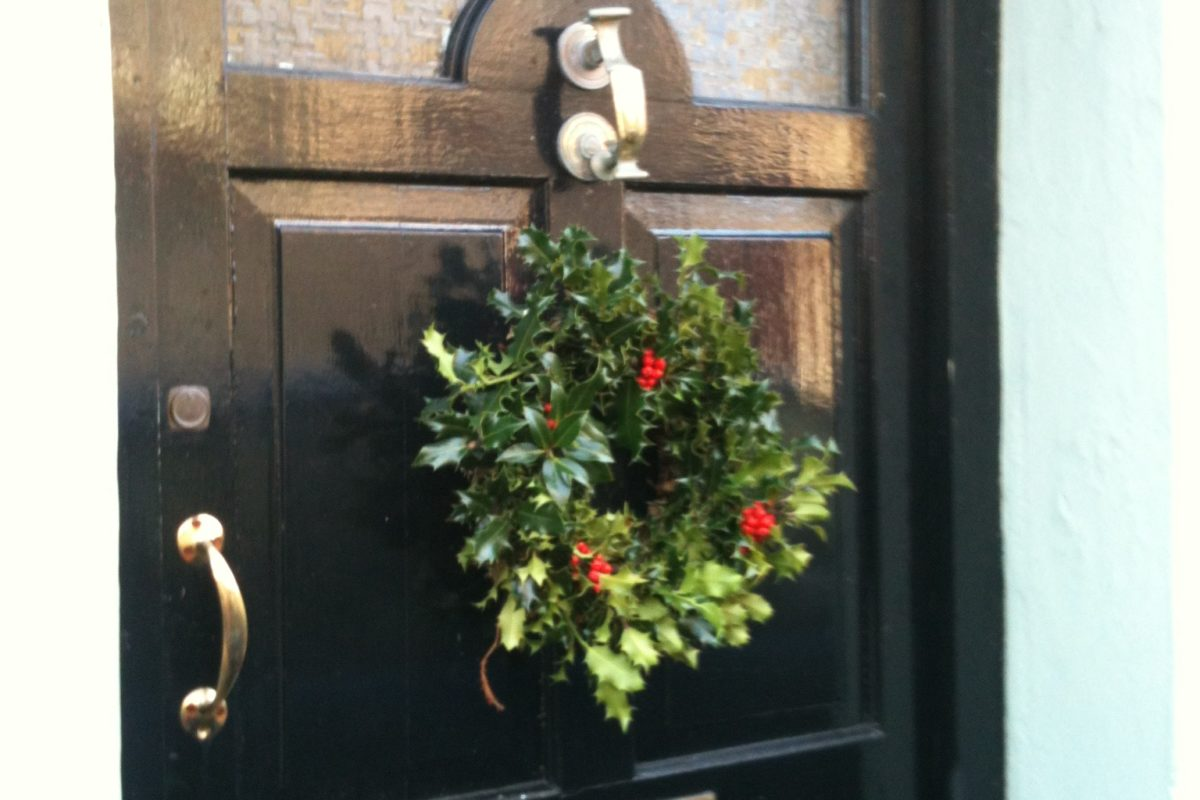 Clydfan Cottage front door wreath